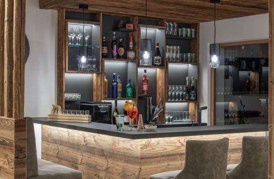 bar-lobby-10