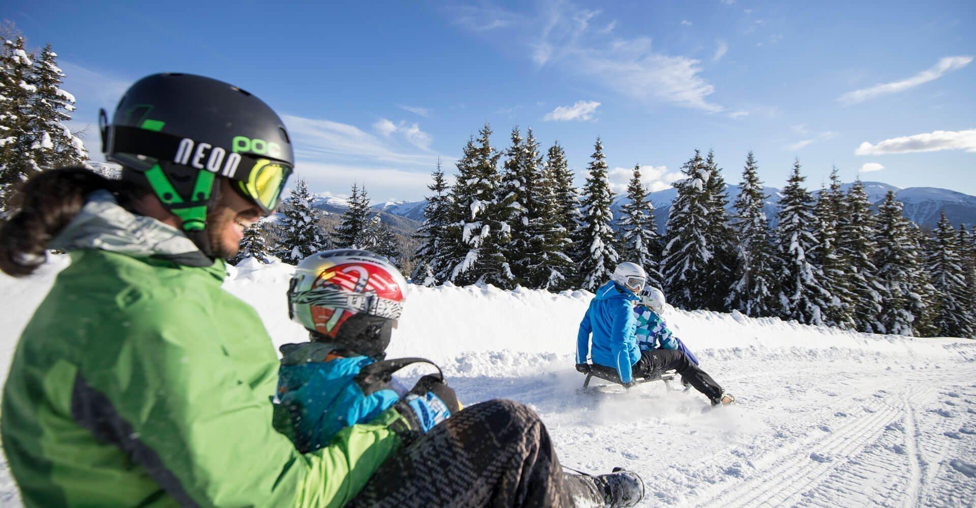 rodeln-winterurlaub-meransen